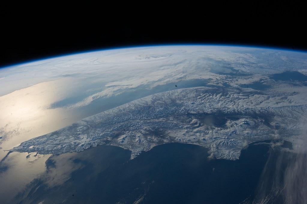 Sunglint on the Bering Sea (NASA, International Space Station, 04/22/14)