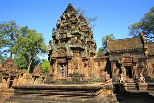 Temple cambodgien   by L'amande