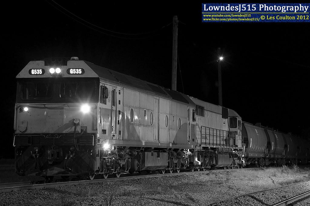 G535 & L277 at Benalla by LowndesJ515
