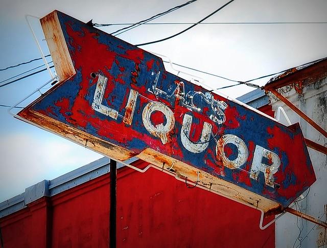 Lac's Liquor