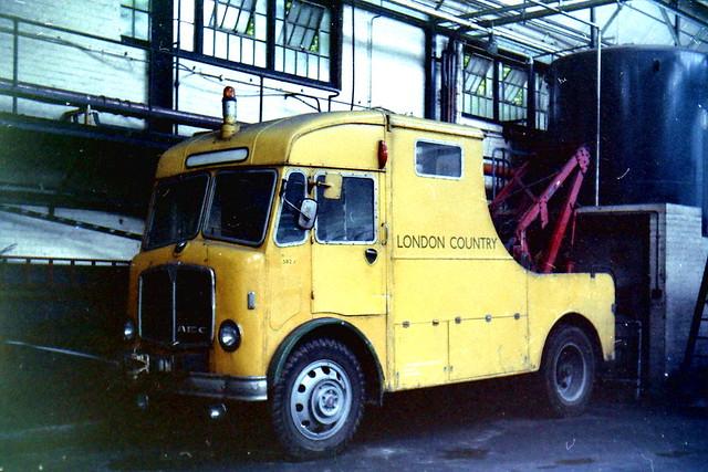 AEC 582J Reigate July 1980