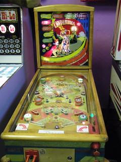 1948 Gottlieb Cinderella Pinball Machine
