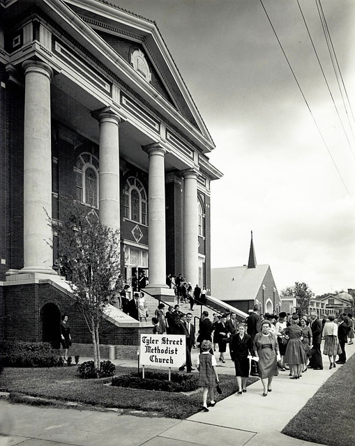 Oak Cliff Back Story: Tenth Street churches