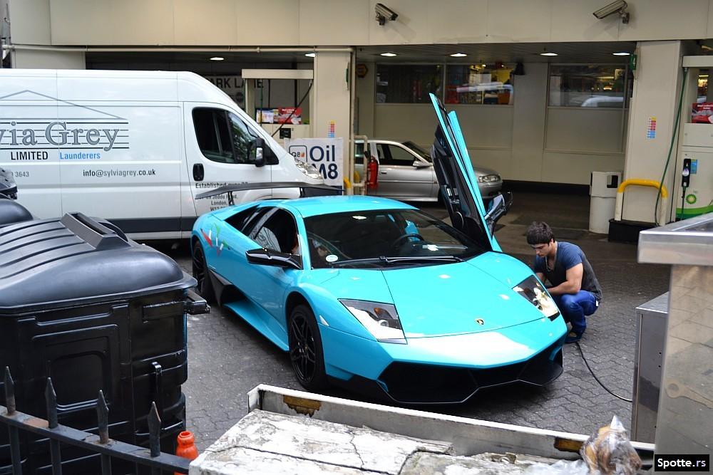Turquoise Lamborghini Murcielago Lp670 At The Gas Station Flickr