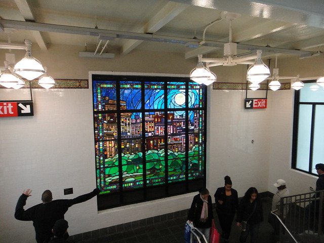 Sunrise mural at the Parkchester 6-train station