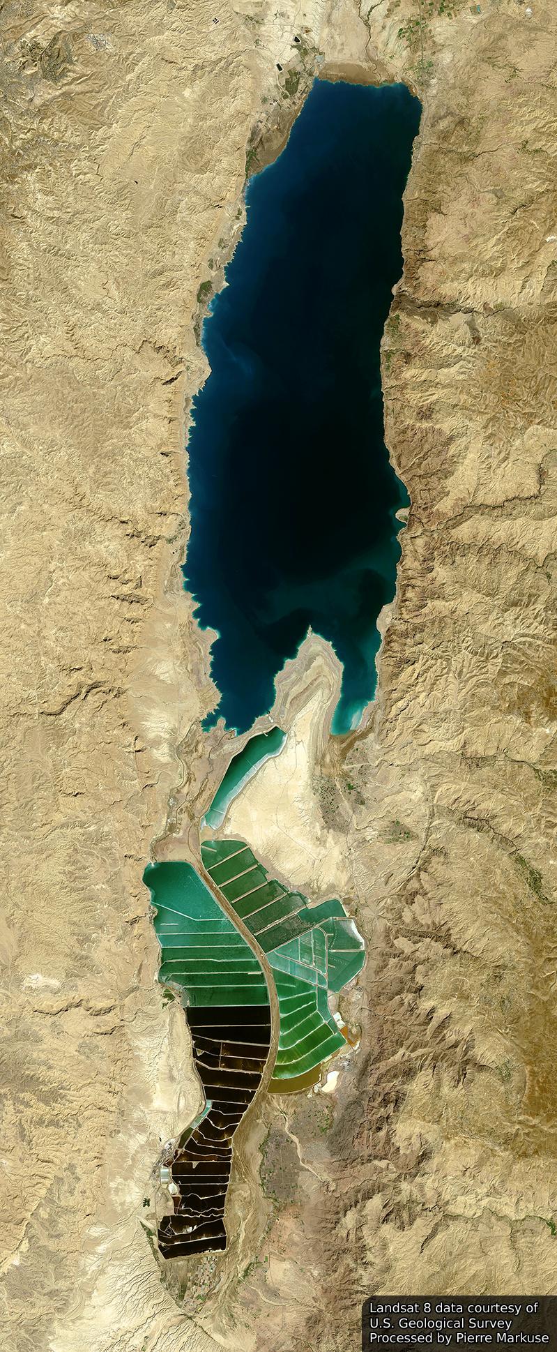 Dead_Sea_432_751enh_pan_crop_52