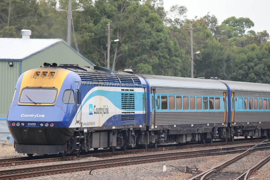 XP 2009 on the tail of a Sydney Bound Countrylink Service by Nathan Hurn