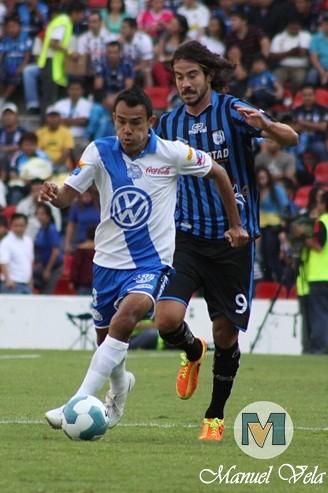 IMG_0311 El Puebla FC derrota 1-0 a Gallos Blancos de Querétaro J13 TC2012 partido disputado en el Estadio La Corregidora por Mv Fotografía Profesional – Manuel Vela / www.pueblaexpres.com