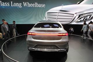 Mercedes-Benz-CUV-Concept-@-Beijing-2014-11