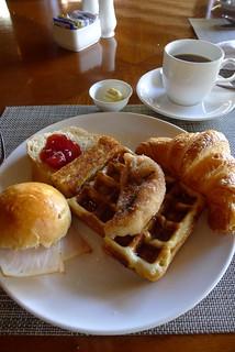 Breakfast   by Halans