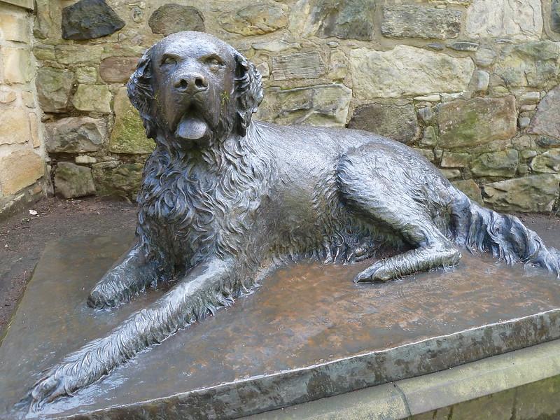 'Bum' Vagabond Dog Statue