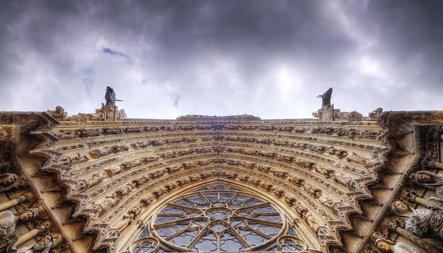 Kathedrale Notre-Dame - Hauptportal, Detail