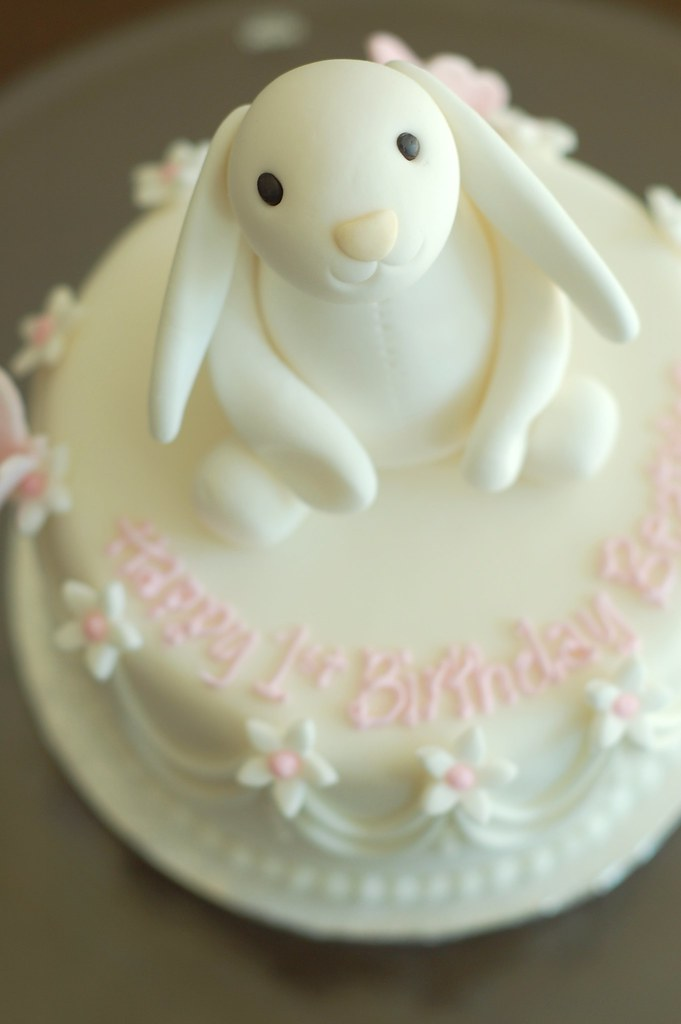 Outstanding Bunny Birthday Cake Bunny Closeup Charmchang Flickr Personalised Birthday Cards Paralily Jamesorg