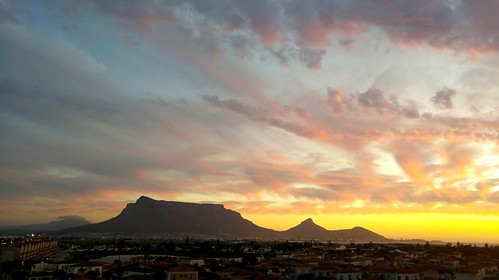 africa sunset clouds southafrica outdoors capetown naturalwonder soe cloudscape tablemountain nightfall capeofstorms dreamcatcherphotos cabuduafriq