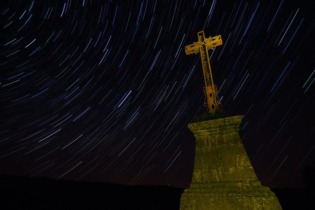 Startrails - Cruz de la Ermita de San Frutos.