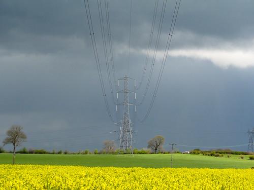 storm pylon southyorkshire bramley mygearandme flickrstruereflection1 flickrstruereflection2