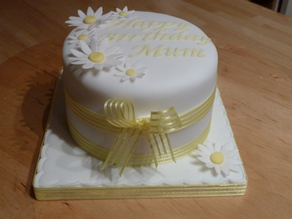 Pleasant Daisy Birthday Cake Tanya Goodacre Flickr Funny Birthday Cards Online Elaedamsfinfo
