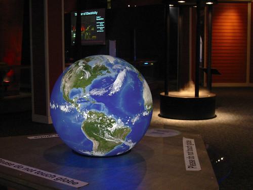 "24"" Magic Planet - Museum of Science, Boston 