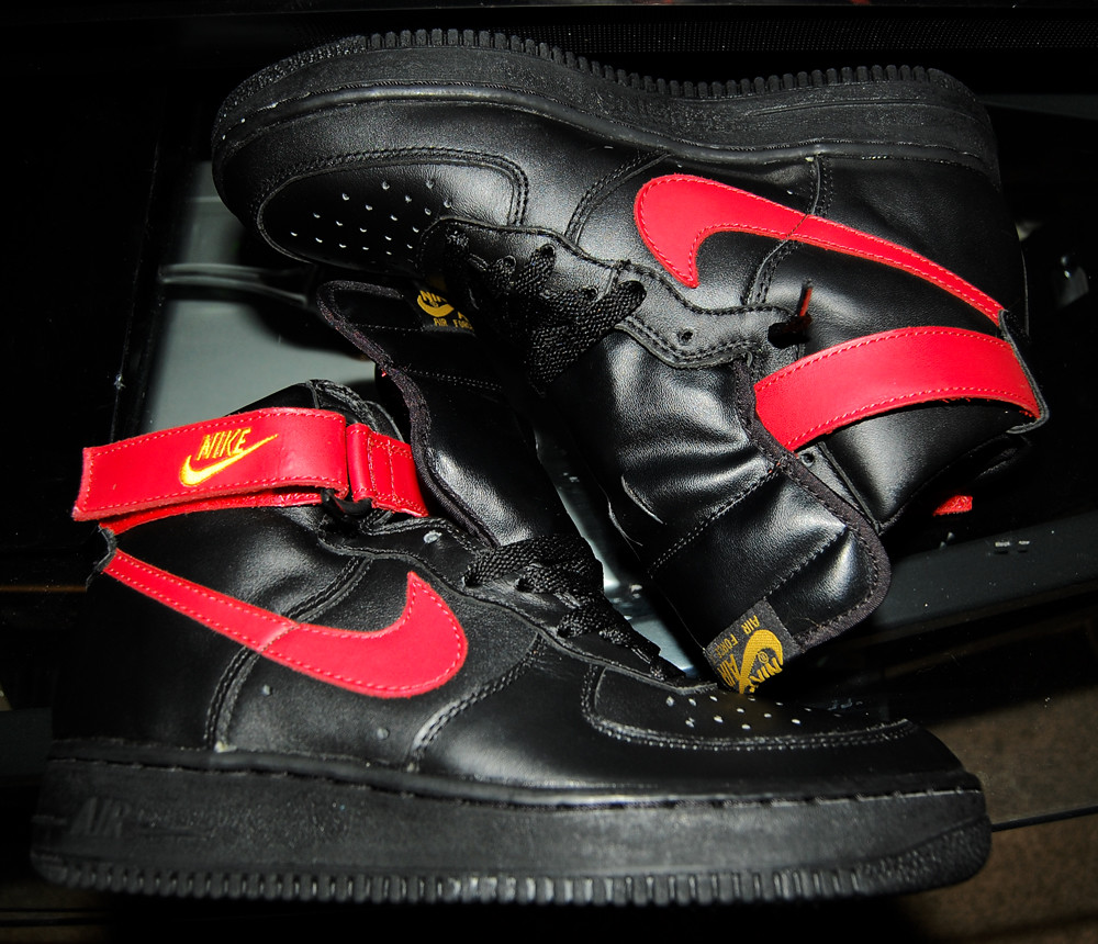 separation shoes 8bc27 29f3b ... Vintage 1993 Nike Air Force 1 High Black Red Gold   by bay bridge 415