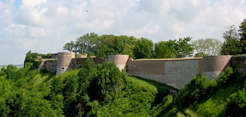 france ramparts walls fortification montreuilsurmer