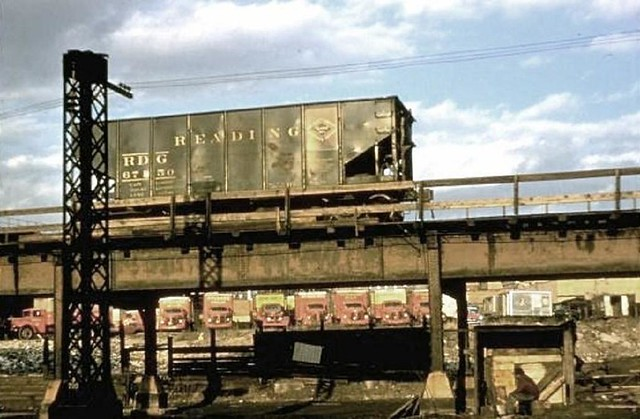 0811- N to 3 Av L-NYW&B trestle 132 Willis 1960