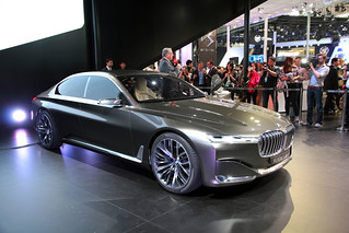 2 BMW-2014-VISION-FUTURE-LUXURY-01