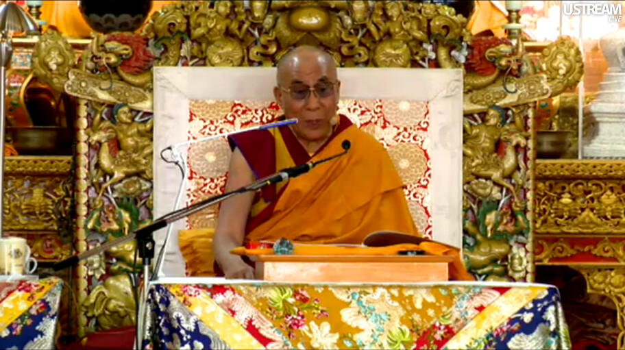 His Holiness the Great 14th Dalai Lama teaching live over … | Flickr
