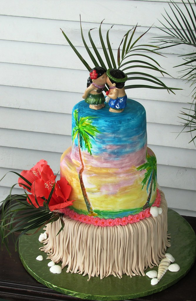 Hawaiian Wedding Cake Gumpaste Shells And Hibiscus Flowers Flickr