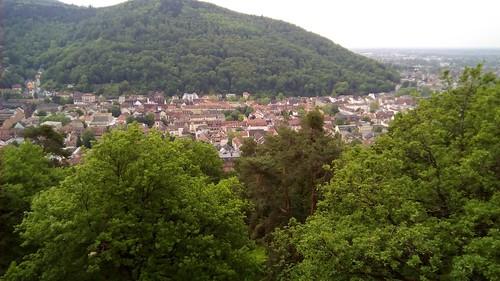 Ort der Erinnerung  sowie eine schöne Aussicht auf die Stadt Heidelberg