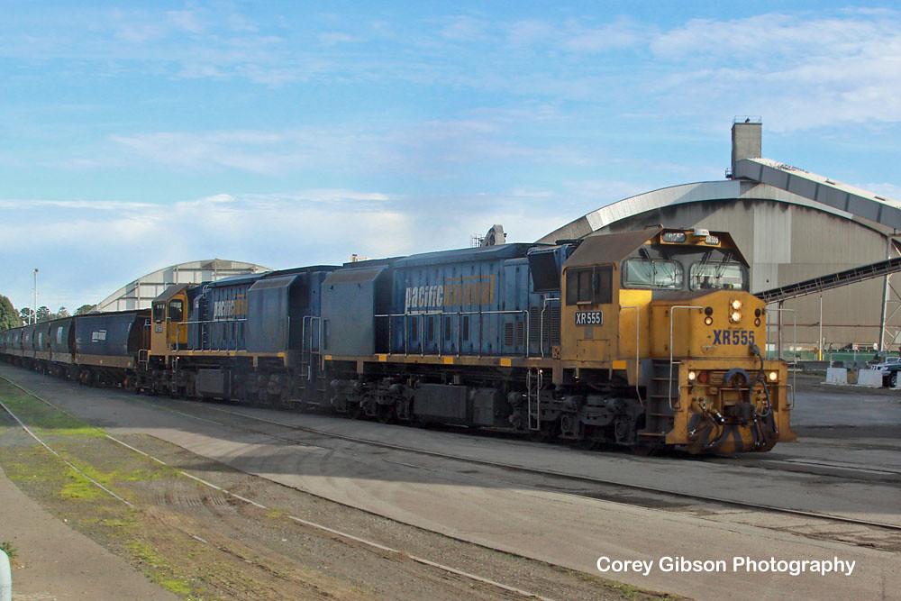 XR555 & XR558 at Portland grain terminal by Corey Gibson