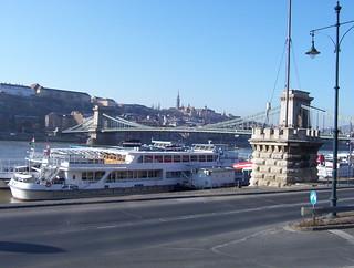 Lancshíd (Chains bridge) over Danube. Budapest