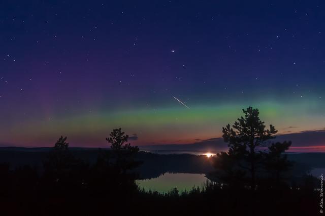 An aurora over the Ladoga lake