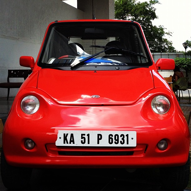 Reva, the first electric car of India, smaller than the Na
