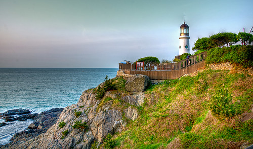 lighthouse korea busan southkorea hdr dongbaekparklighthouse
