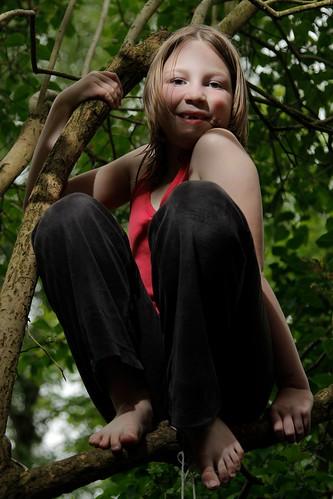 Treegirl | by Riechard