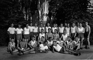 the classical posing team
