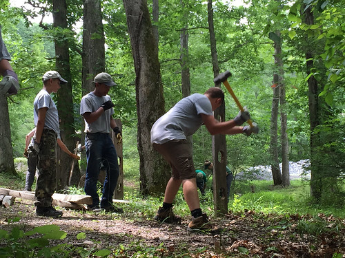 summer volunteers trails americorps