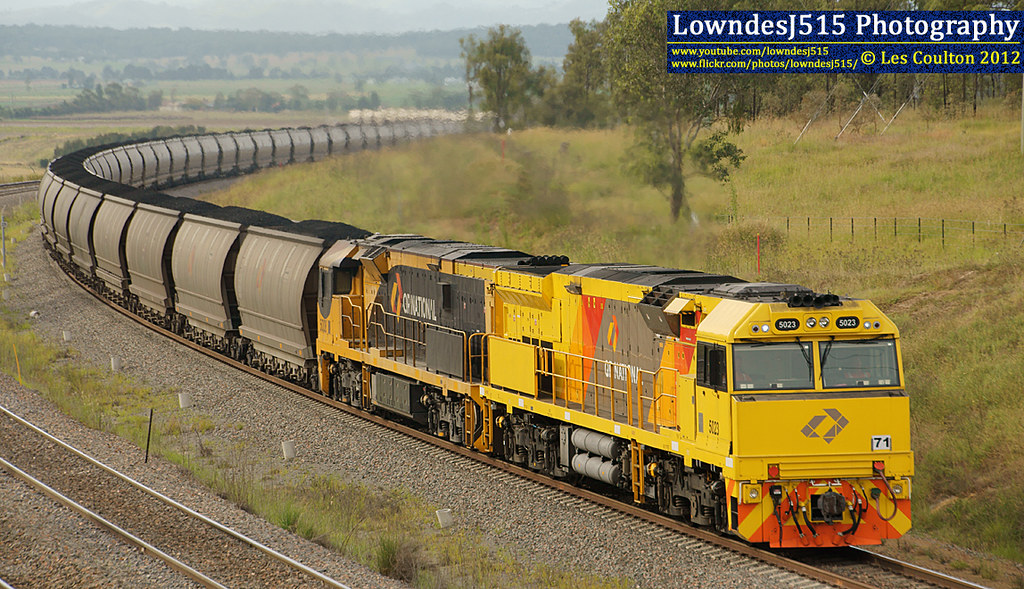 5023 & 5008 at Minimbah by LowndesJ515
