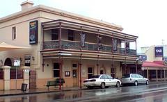 Kingsford Hotel, 2010