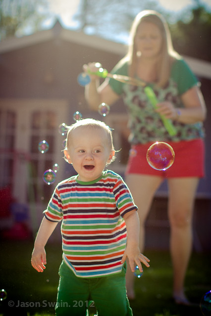 Sunshine + Bubbles + Toddler = Happiness.