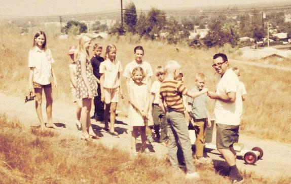 on P HILL / Cardboard Hill - La Puente 1969