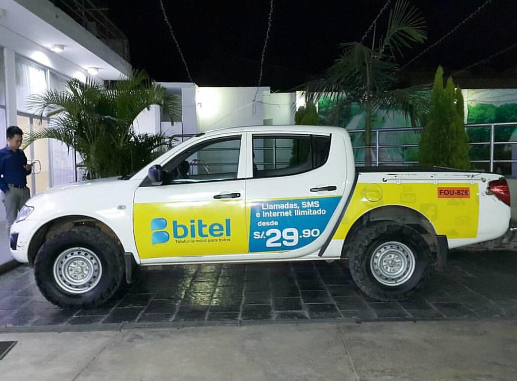 Bonito carro :) #bitel #design   Christian Córdova Callupe