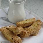 Haselnuss-Biscotti