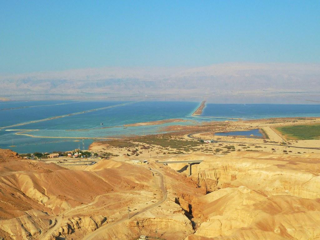 Эйн-Бокек с пляжами на Мертвом море, Израиль