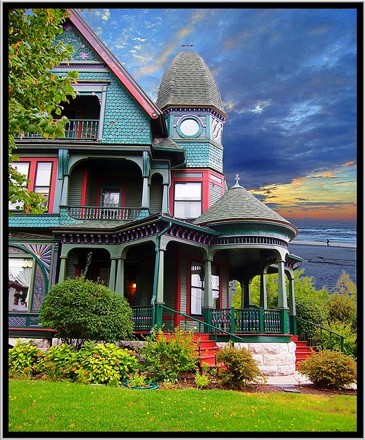 500 N McBride St ~ Syracuse NY ~ Architecture ~ Queen Anne/Victorian