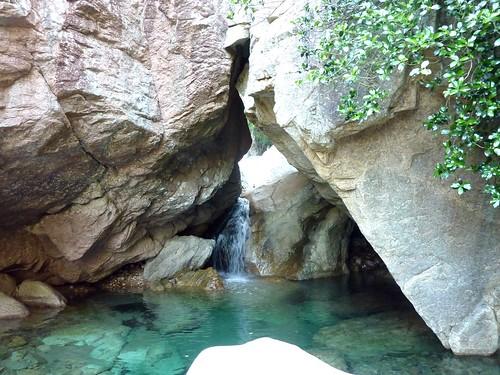Descente du chemin après les travaux en amont de la cascade de Frassiccia