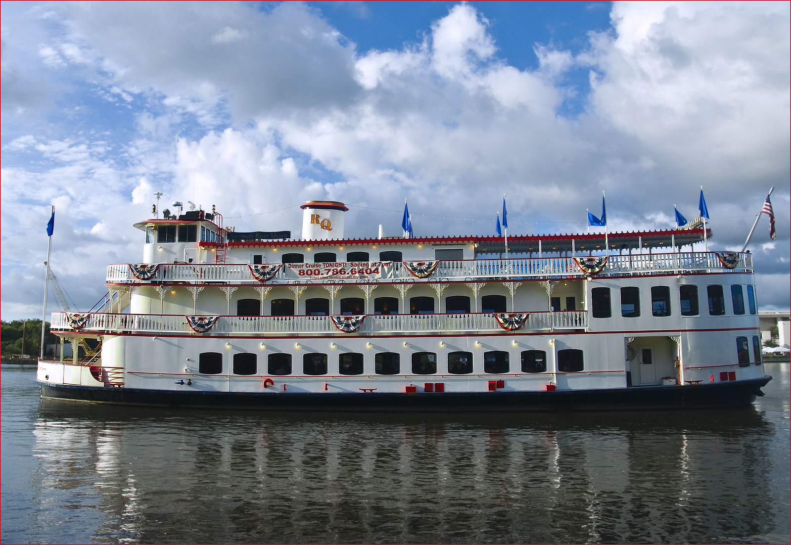 'The Savannah River Queen' -- On the Savannah River at Savannah (GA) July 2012