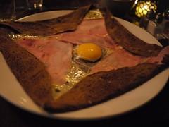 木, 2012-03-29 19:33 - Crêpe with ham, egg, cheese