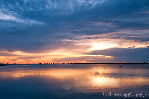 sunrise morninglight plymouthharbor plymouthmaphotographer heidihartingphotography