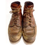 My RedWing 875 work boots have been worn for 4 years. #RedWing #RedWingShoes #MyRedWing #WorkBoots #Oldshoes #OldBoots #875 #Duty #vintage #鋼印版 #髒髒der #永遠之翼 #永翼 #足元くら部 #足元倶楽部 #飴色 #飴色倶楽部 想換分離式了
